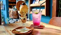 甘さとほろ苦さが絶妙、しまドーナツパフェ 名護市運天原「CALiN Cafe&Zakka」