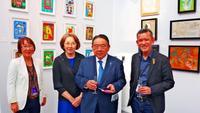 パリで評価高まる日本人アーティスト 現代アートの最先端 駐仏大使も鑑賞