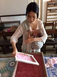 サポーター上里 エリカさん(ガールズスクエアgalleryオーナー)5月に初めてのお子さんを出産した上里(Studiokuroberika)がガールズスクエアギャラリーの企画運営をしています。ギャラリーにも足を運んで見て下さいね!