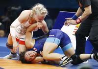 レスリング、源平は3位決定戦へ 世界選手権、皆川は敗者復活戦に
