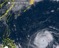 猛烈な台風22号、最大瞬間風速80メートルに 発達しながら中国南部へ