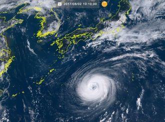 台風5号の2日午前10時10の気象衛星ひまわり8号の画像(NICTひまわり8号リアルタイムWebから)