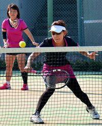 テニス沖縄OPベテラン:松浦・井藤組 50歳複制す