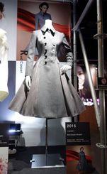 大阪会場で展示された安室奈美恵さんの衣裳