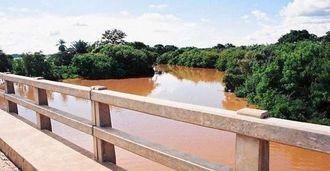 満水状態のパイロン川(2005年1月撮影)