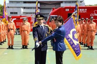 「統合機動部隊」の運用開始式に出席した東京都の小池百合子知事=20日午前、東京都渋谷区