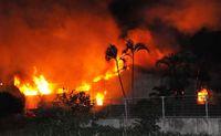 石垣市新川で木工所が火災/閑静な住宅街騒然