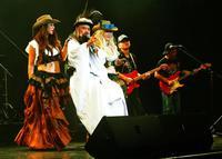「最後のライブ」撤回? かっちゃん伝説健在 ロックの日コンサート