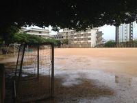 台風18号:沖縄本島に暴風警報 公立学校は臨時休校