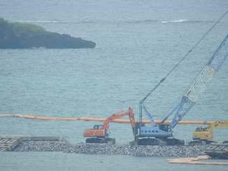 工事が進む「K4」護岸建設現場=2日、12時5分