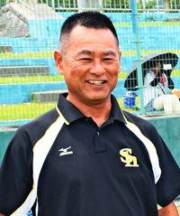 [ひと粋]/新里正一さん(54)/学童野球「パークタウン」監督/プロ教室実現に尽力
