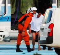 <尖閣沖衝突>「救出してくれて良かった」 中国漁船乗員を石垣島に搬送