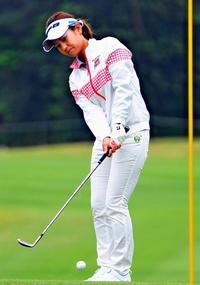 ダイキン女子ゴルフ:6年ぶり出場 宮里藍、再び頂点へ挑む