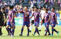 サッカー、J2甲府が浦和に先勝 ルヴァン杯プレーオフ第1戦