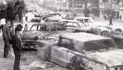 1970年12月、コザ市で米軍支配に不満を持つ住民感情が爆発、駐車中の米軍関係車両を次々に放火した。コザ騒動と呼ばれる
