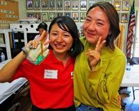 涙の再会も 沖縄の高校・大学生、ロサンゼルスで県人会と交流