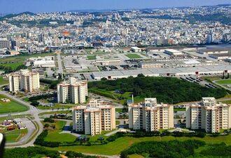(資料写真)浦添市の米軍牧港補給地区(キャンプ・キンザー)
