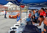迫力満点、ハンドルさばき モータースポーツ「ジムカーナ」沖縄で初公式戦
