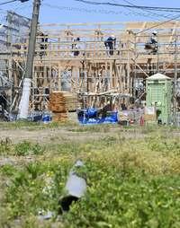 熊本地震から2年 「心の復興」住宅再建遠く 建設業界の人手不足直撃