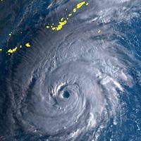 猛烈な台風24号が週末沖縄へ 知事選一部で前倒し あす竹富町など投票