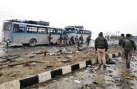 インド北部で爆発39人死亡 カシミール、緊張懸念