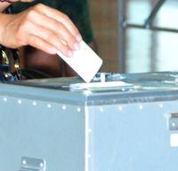 <参院選>沖縄の10代投票率42% 全体比で11ポイント超下回る