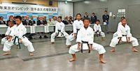 東京五輪「空手は沖縄で」 知事が要望書 尖閣の安全確保も訴え