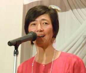 高樹沙耶(本名・益戸育江)容疑者=2011年11月、那覇市