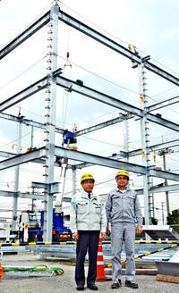 防災意識「持ち続けて」 拓南製鐵、沖縄市の工場内に津波避難タワーを建設