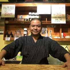 中国でたこ焼き居酒屋をオープンさせた赤嶺昇平さん