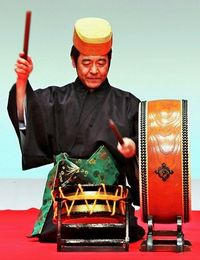 人間国宝(組踊音楽太鼓)に比嘉聰さん 沖縄芸能分野で7人目 重文(琉球舞踊)保持者に27人