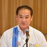 沖縄県知事選:佐喜真氏が出馬受諾 自民などの要請に