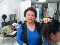 ロサンゼルス郊外で36年、文化交流に貢献 美容師の比嘉春子さん