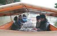 松江城・堀川で「こたつ船」 景色楽しむ