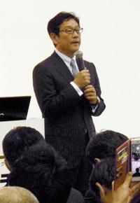 日本ハム清宮が右手指骨挫傷 栗山監督は軽症を強調