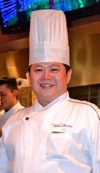 「沖縄で宮城さんら翔南丸の船員らとの再会を楽しみにしている」と話す南雅和さん=6月、東京都内のベトナム料理店「イエローバンブー」