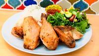 人気のローストチキン、皮はパリッと中はジューシー 「孫と来られるような」店 宜野湾市野嵩「おまめぼうや。食堂&CAFE」