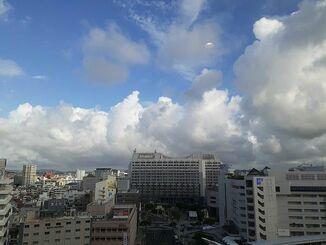 那覇市中心部の風景(7月31日午後5時半ごろ)