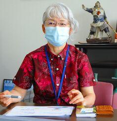 感染予防の認定看護師として活動する谷村久美さん=浦添市勢理客・国際ビル産業
