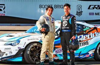 「ドリフト界のトップを取りたい」と意気込む具志健士郎さん(右)と父親の司さん=9月28日、米ロサンゼルス市(竹部茂教さん撮影)