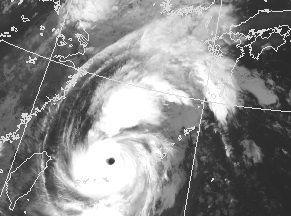 台風15号の衛星写真(気象庁HPから)