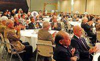 北農同窓会70年祝う/名護 発展に寄与 5人表彰