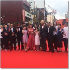 長野県千曲市の地域発信型映画「透子のセカイ」に出演した吉本実憂さんたち