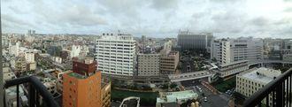那覇市おもろまちから泉崎方面をパノラマで写してみました