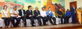 式典であいさつするワルテル・メンデス・タテイシ会長=ベニ県リベラルタ市