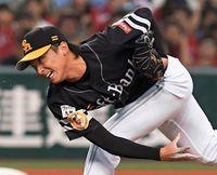 東浜投手の雄姿に母涙 ソフトバンク、リーグ優勝 激励相次ぐ