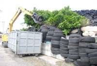 2009年から放置、量は約800トン…廃タイヤを撤去 沖縄県が代執行着手