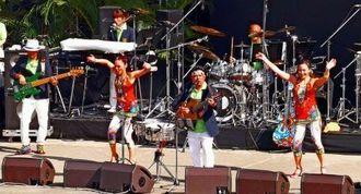 結成25周年のステージを力強いパフォーマンスで盛り上げたディアマンテス=宜野湾海浜公園屋外劇場