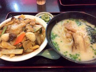 中華丼+豚骨ラーメン750円