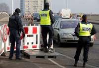 【深掘り】国境なき欧州、逆風続く 銃所持の容疑者逃走、探知は困難